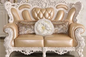 Antique sofas: A touch of luxury, charm, and glory