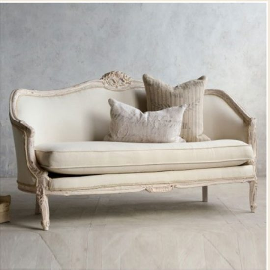 Antique sofas A touch of luxury, charm, and glory