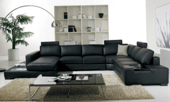 The Advantages of Buying a Leather Sofa