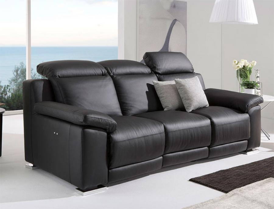 how to clean a leather sofa in a few minutes leather sofas. Black Bedroom Furniture Sets. Home Design Ideas