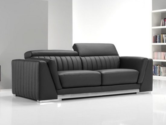How To Clean A Leather Sofa In A Few Minutes Leather Sofas