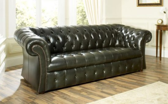 How to Clean a Leather Sofa in a Few Minutes