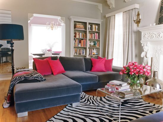Awesome Sofa Table Styling Ideas on Budget