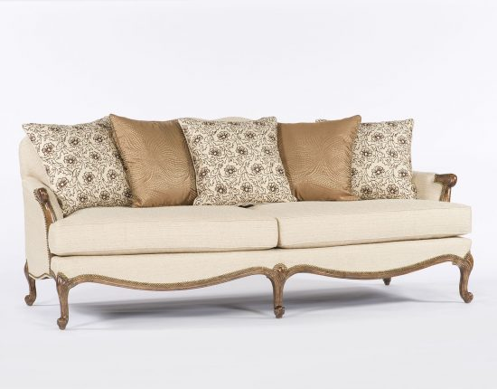 Cabriole Sofa: How to Furnish It in Your Living Space