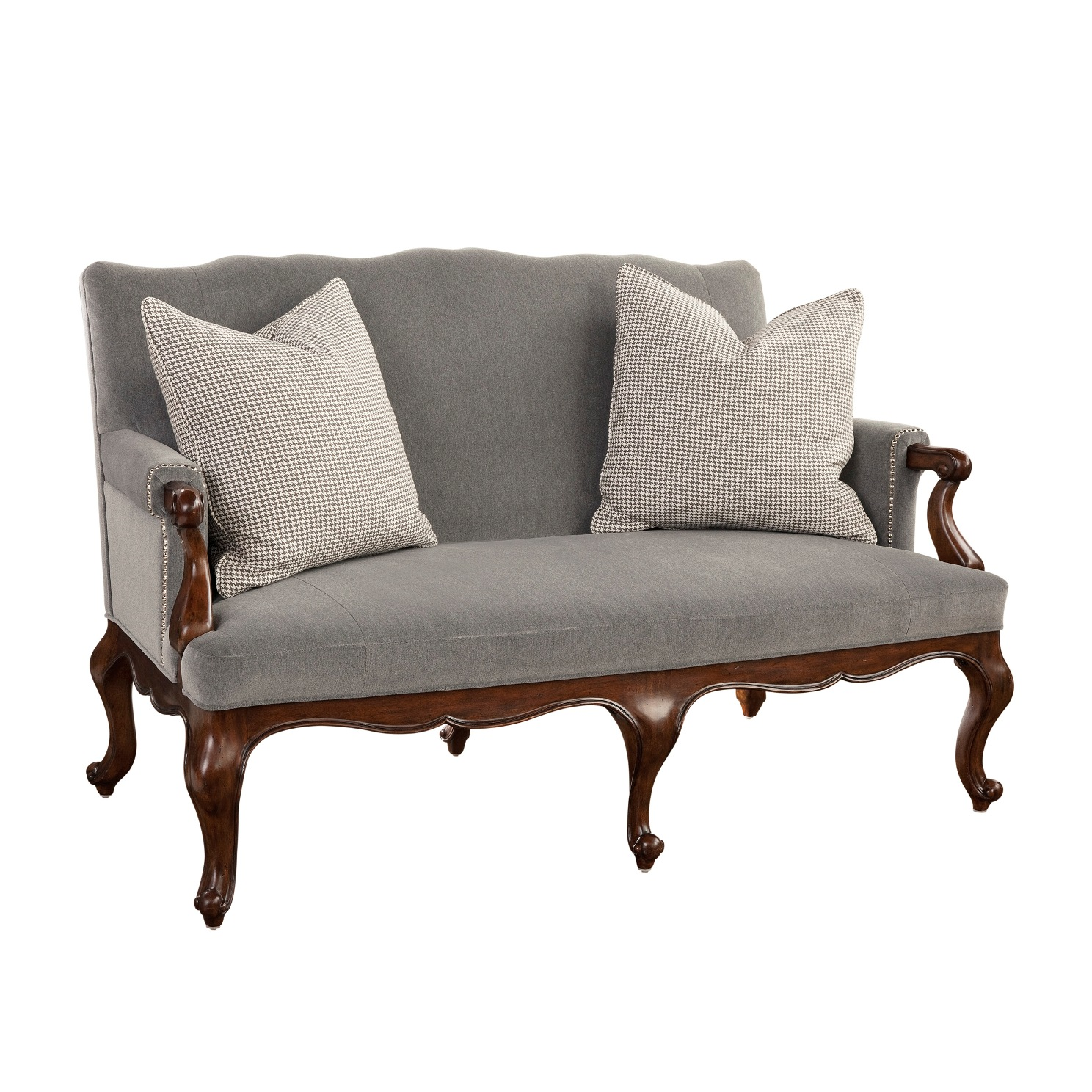 Cabriole Sofa How To Furnish It In Your Living Space 3