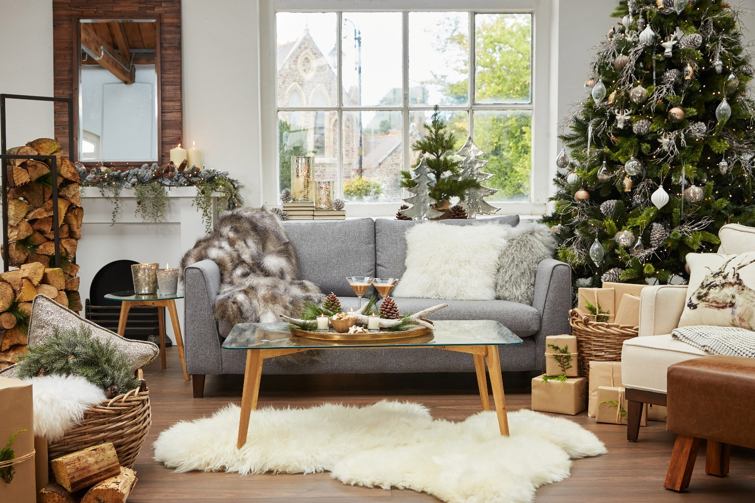 how to style your sofa with christmas decorations for this