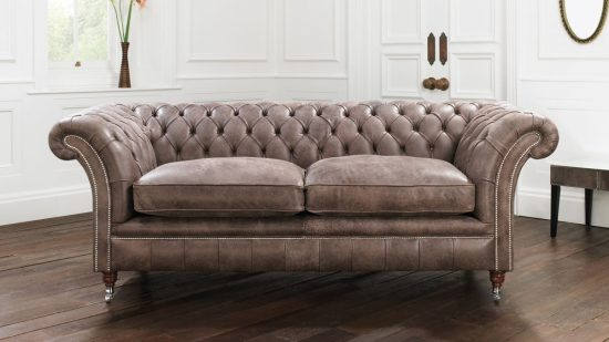Good 2017 Studded Leather Sofas; Add A Timeless Beauty And Comfort