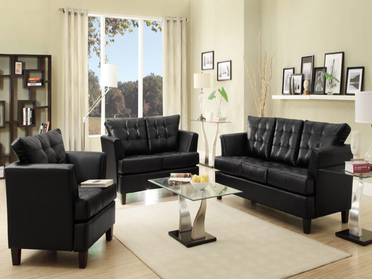 Black leather sofas for small spaces a sign of elegance and beauty 23 black leather sofas for - Leather sectional sofas for small spaces minimalist ...