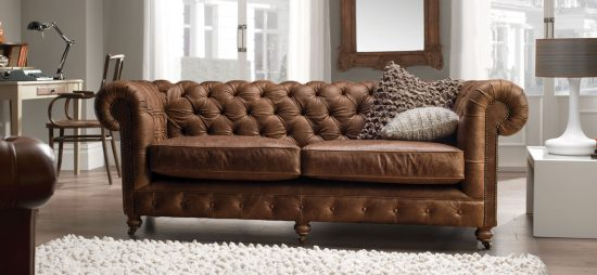 Chesterfield leather sofas; Classy addition with royalty to every home