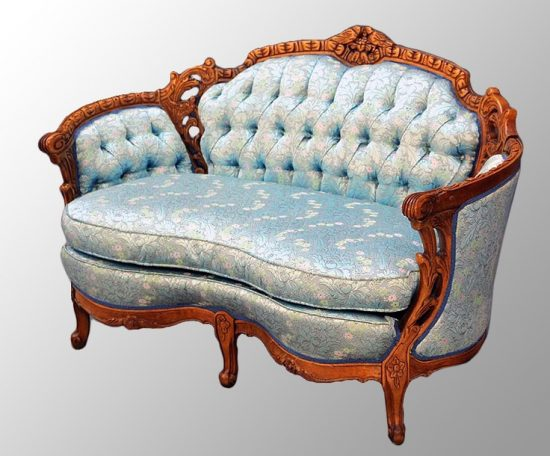 Best of Antique Couch Sofa and Settee Styles Bring Back  : Best of Antique Couch Sofa and Settee Styles Bring Back the Good Old Days 5 550x456 from couchessofa.com size 550 x 456 jpeg 47kB