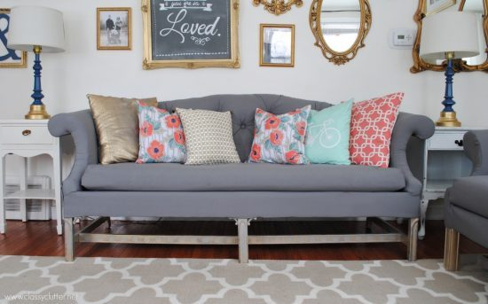 Reupholster Your Old Sofa with Such Functional Tips