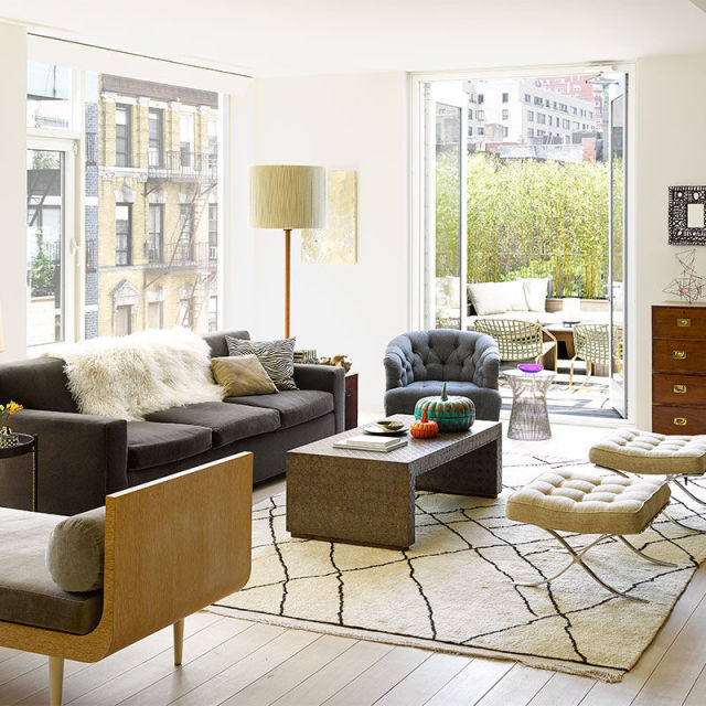 20 Best Small Apartment Living Room Decor And Design Ideas: The Principles Of Finding The Perfect Small Scale Sofa For