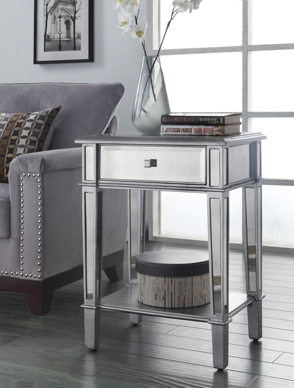 Small Accent Tables   A Stylish Touch With Benefits For Your Home   Sofa  Table
