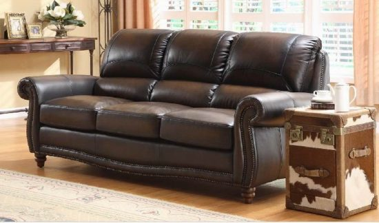 Factors to Consider When Choosing a Leather Sofa