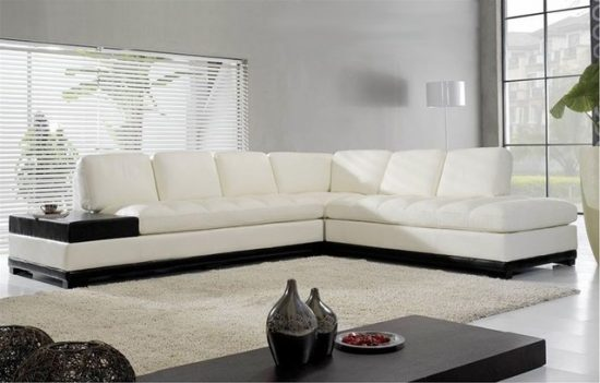 What are the things to consider when purchasing a Corner Leather Sofa