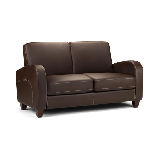 Good Small Leather Sofas For Trendy And Comfortable Small Spaces In 2017