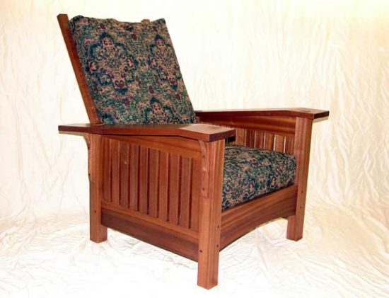 Morris chair: The First Trial of Recliner Chairs
