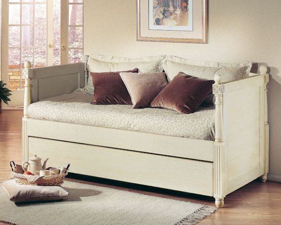 What You Should Know Before Purchasing a New Daybed