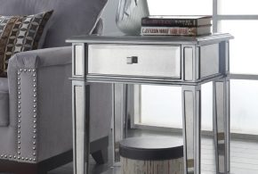 Small accent tables - a stylish touch with benefits for your home