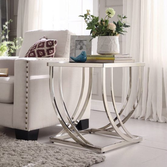 What you need to know before choosing the right sofa end table